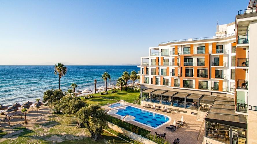 Maia Luxury Beach & Spa Hotel