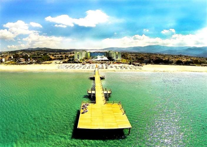 Hotel Grand Belish Beach Resort & Spa