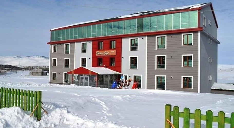 Snow Life Otel