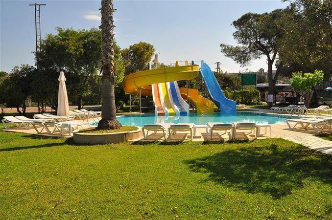 Serra Park Hotel Side