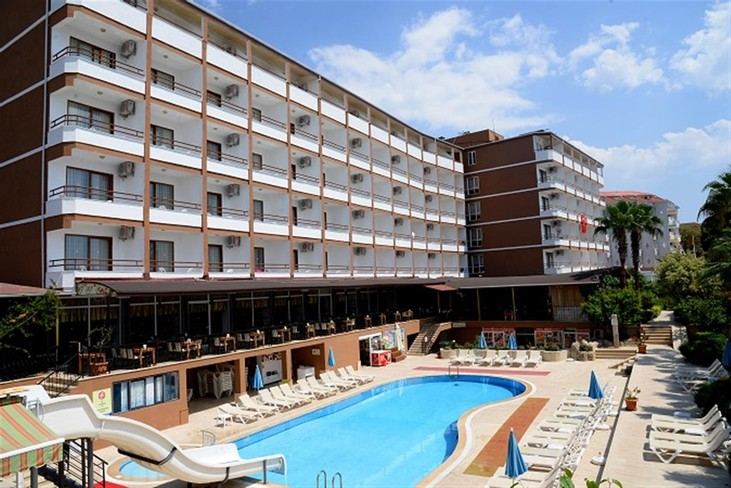 Royal İdeal Beach Hotel