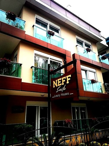 Neff Suite Luxury Houses